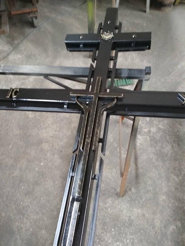 Кованый крест БЮДЖЕТНЫЙ