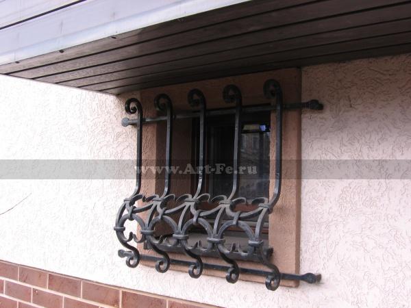 Кованая решетка на окно, стандартный вариант