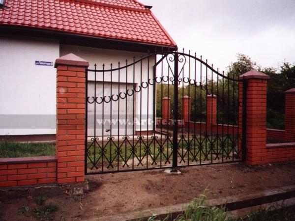 Распашные ворота. фото ковки.