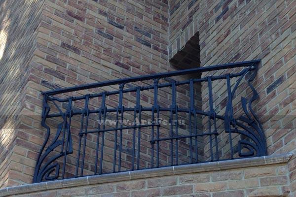 Кованые балконы, французские кованые балконы, кованые ограждения балконов.